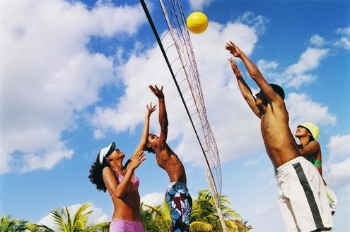 Três opções de vôlei para você se divertir