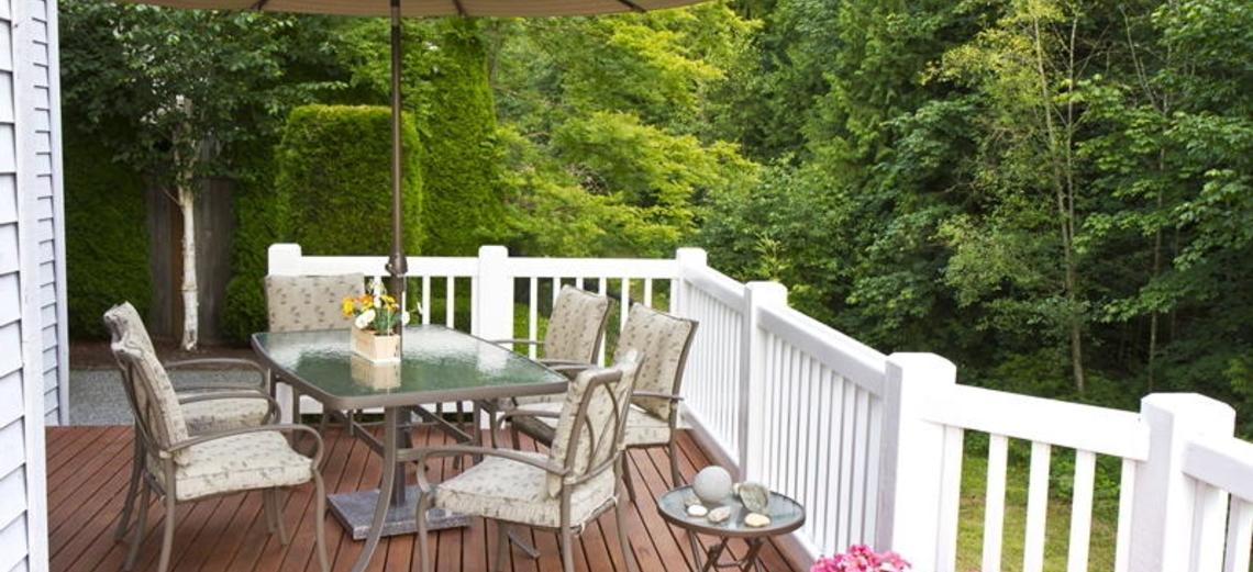 Cuidados e manutenção com pisos e decks de madeira
