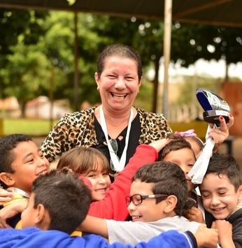 """Perto da """"maioridade"""", IRM segue valorizando trabalho de professores"""
