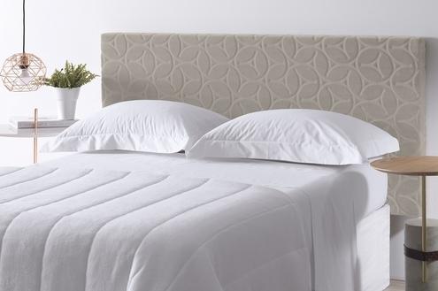 Cabeceiras de camas embelezam quarto e trazem mais bem-estar