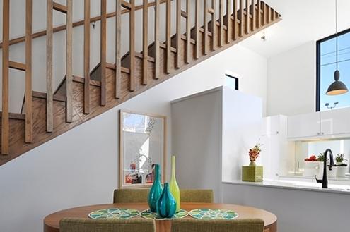 Escadas seguras para crianças