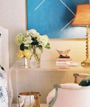 Decore o quarto com mesas de cabeceira