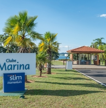 Clube Marina recebe obras para nova portaria