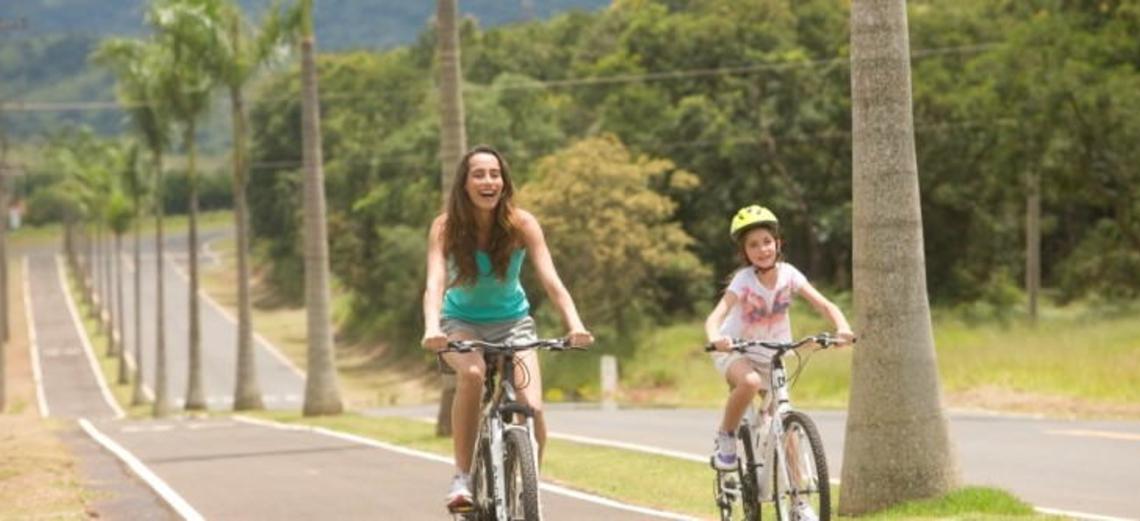 Viva a liberdade e os benefícios de pedalar