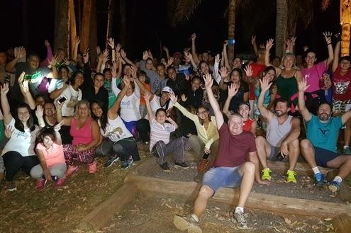 Caminhada Noturna reúne cerca de 100 pessoas no Ninho Verde II