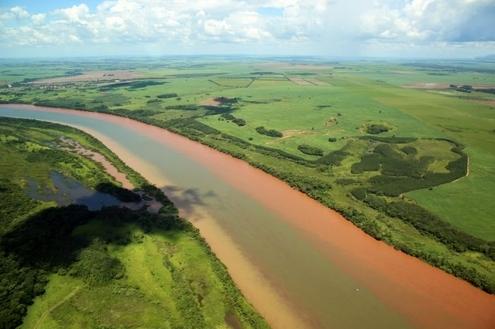 Rio Paranapanema, origem da Represa Jurumirim
